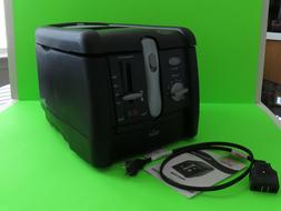 1 electric deep fryer small kitchen counter