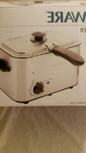 Farberware 1.1-Liter Stainless Deep Fryer Compact Thermostat,