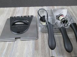 NEW SECURA DEEP FRYER MODEL DF401B-T -POWER CORD AND ACCESSO
