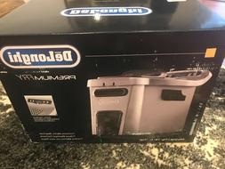 New! DeLonghi D34528DZ Stainless Steel Digital Dual-Zone Dee